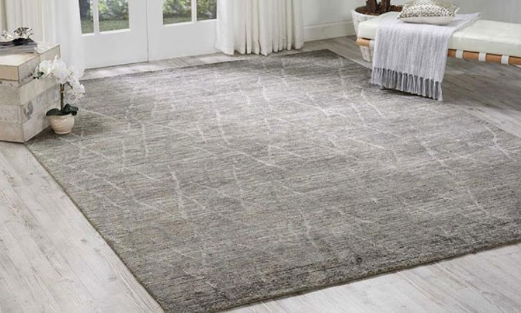 4 Tips To Keep Your Area Rug In Top Form