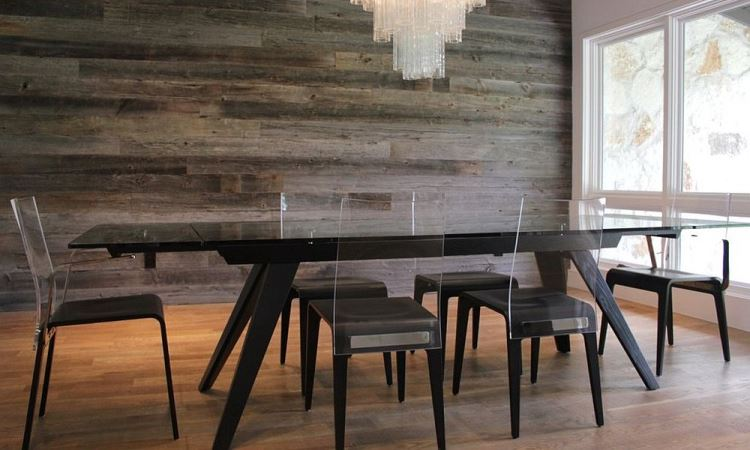 Incorporating a Reclaimed Wood Dining Table Into a Design