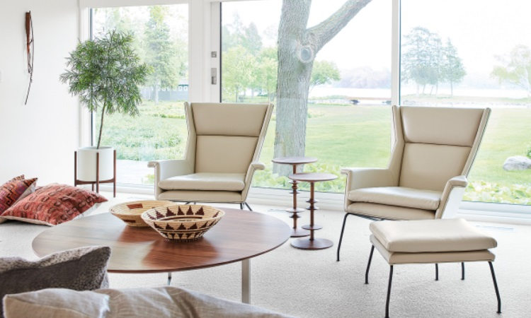Reading Chair - 4 Factors to Consider When Looking For One