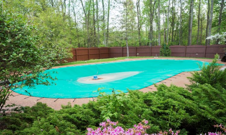 The Best Above Ground Pool Covers - How To Choose And Protect
